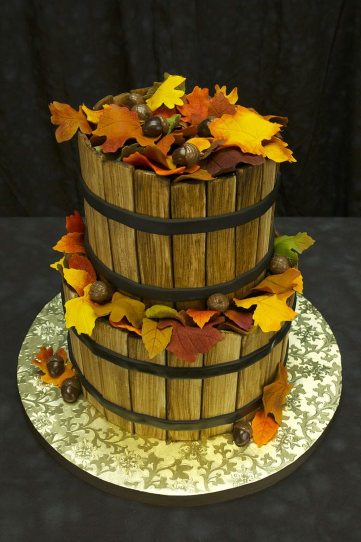 44 best Awesome Autumn Wedding Cakes images on Pinterest Autumn