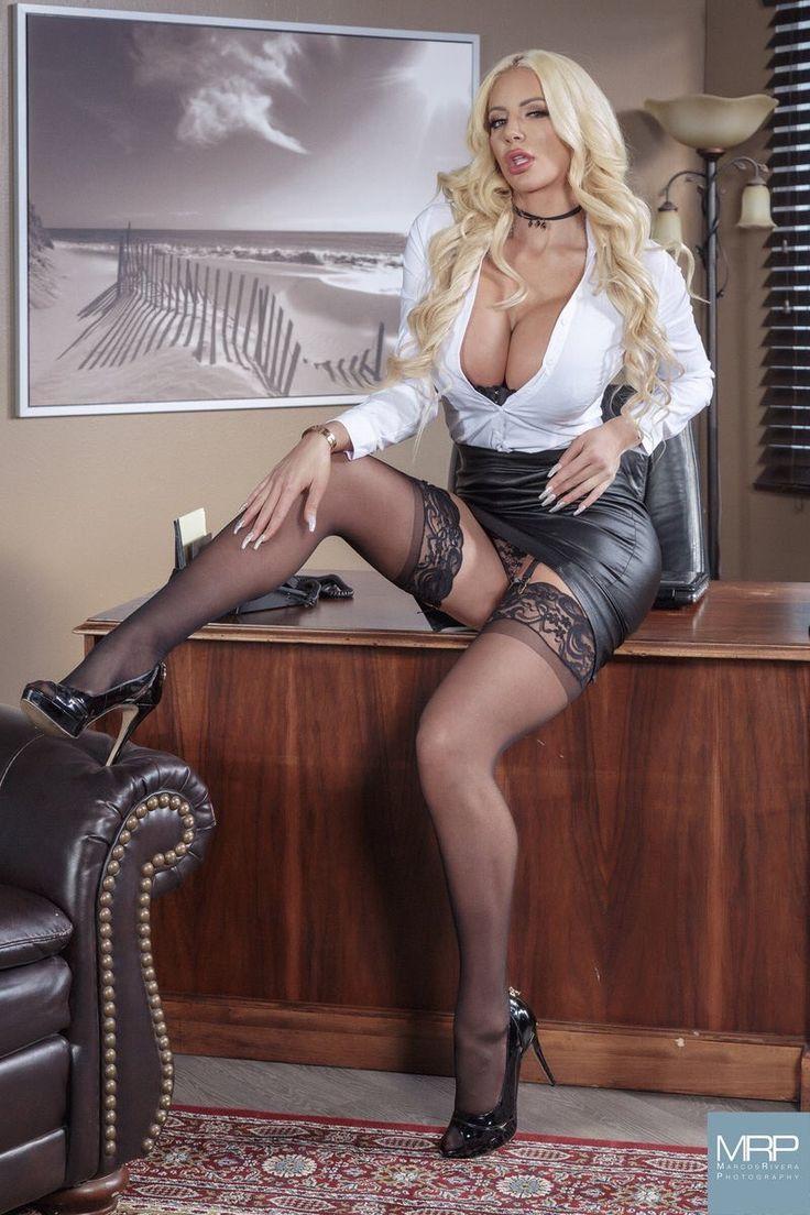 Xhamster pantyhose mistress