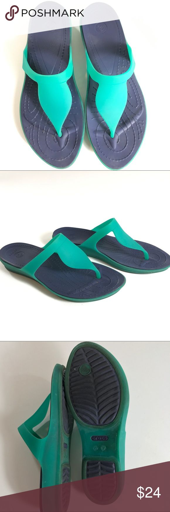 Women's Crocs Flip Flop Thong Black Sandals  Sz. 7 Very Good preowned shape see photos   Women's Crocs Flip Flop Thong Black Sandals  Sz. 7 Blue Green LightWeight CROCS Shoes Sandals