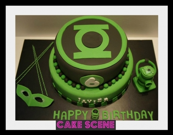 Cool Green Lantern Cake my boyfriends 34th birthday he'd love this!