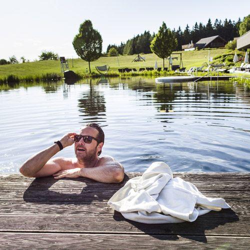 #Erfrischung im #Badeteich im #Mühlviertel finden und den #Sommer genießen. Mehr Infos unter http://entdecke.muehlviertel.at Foto: Oberösterreich Tourismus/Susanne Einzenberger