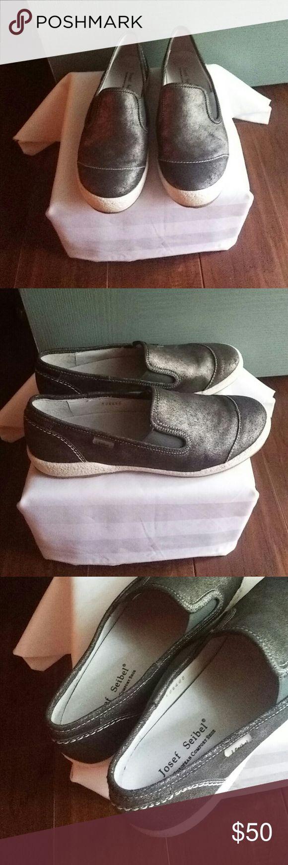 Josef Seibel Caspian comfort shoe Slip on European comfort shoe. Graphite color, very good condition Josef Seibel Shoes Flats & Loafers
