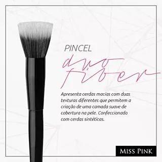 O pincel duo fiber é um coringa!!!! Com ele vc aplica base, po, blush e ainda faz um acabamento na sua pele!!!! Item indispensável na sua necessaire!! Pronta entrega 19 974170111 #maquiagem #piracicabasp #piracicaba #piracity #unimep #makeup #duofiber #pincel #musthave #top #euquero #mundofeminino #novidade