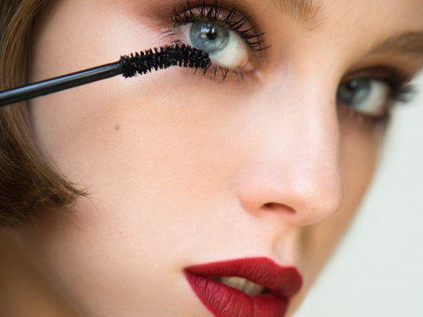 מכורה לטיפוח ויופי: crazy mascara sale בבג'יימס ריצ'רדסון דיוטי פרי