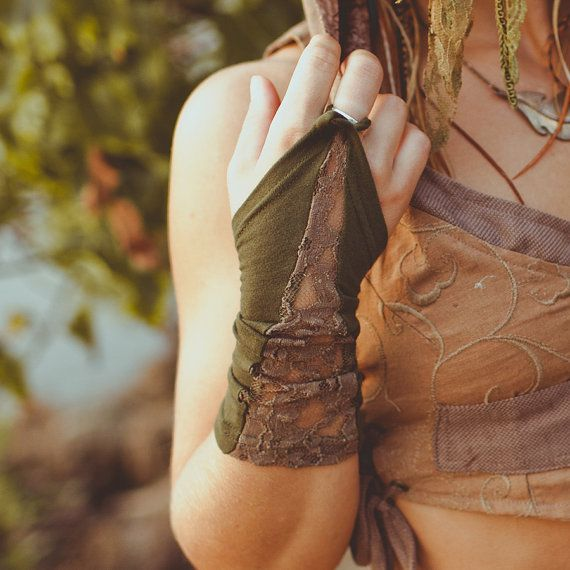 ORGANIC LACE CUFFS - Gloves Arm Wrist warmers - Faery Faery Fairy Pixie - Olive forest green. kr65.00, via Etsy.
