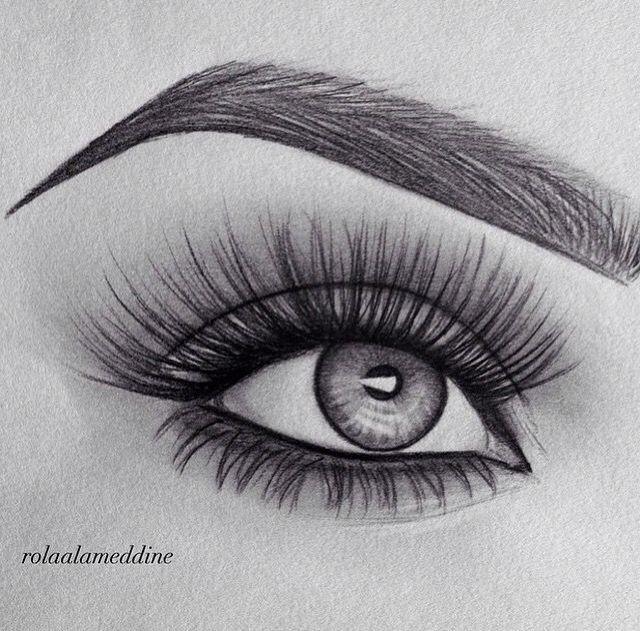 Schön. Ursprüngliche Augenbraue und Augenzeichnung.