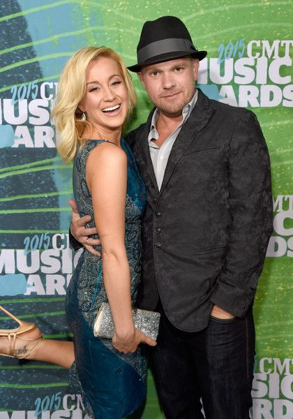 Kellie Pickler Photos Photos - Kellie Pickler and Kyle Jacobs attend the 2015 CMT Music awards at the Bridgestone Arena on June 10, 2015 in Nashville, Tennessee. - 2015 CMT Music Awards - Red Carpet