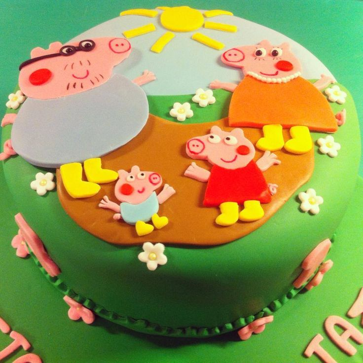Peppa Pig Cake  — at Ninart Creations