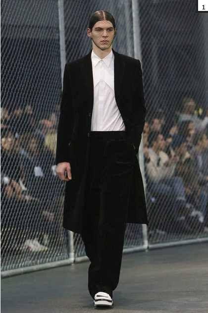 Paris Men Autumn / Winter 2014-2015 Bertold Zahoran for Givenchy