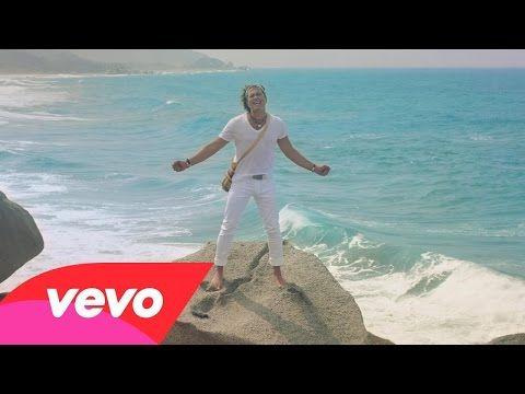 La Tierra del Olvido (2015) (Official Video) feat. Fanny Lu, Fonseca, Maluma, Andrea Ec... - YouTube