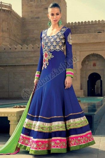 BLUE GEORGETTE ANARKALI CHURIDAR SUIT Prix- 140,42 € Concevoir- DM12499 Tissu- crêpe georgette Couleur- bleu Décoration- Conçu avec Resham, paillettes, Pierre, Zari, le travail de zircon. Pour plus d'Info- http://www.andaazfashion.fr/womens/churidar-suits/blue-georgette-anarkali-churidar-suit-12499.html