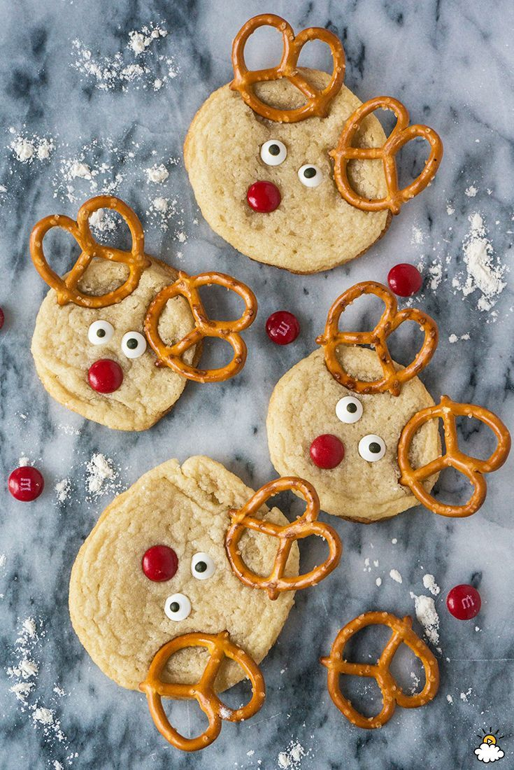 These reindeer sugar cookies are so easy to make plus the results are a really cute way to make any holiday party a little more festive.