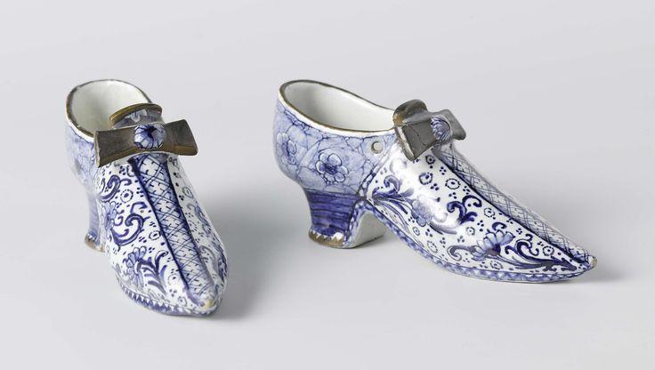 Paar schoenen van faience, anoniem, ca. 1760