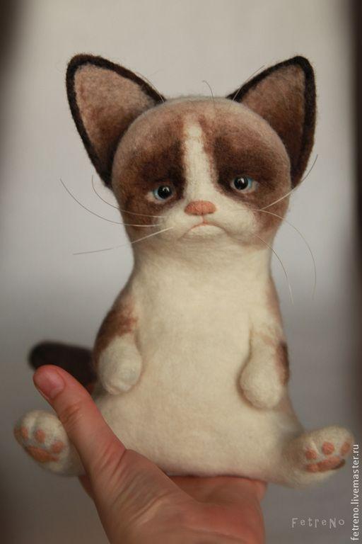Купить Игрушка из войлока. Угрюмый кот. - кардочес, игрушка из шерсти, угрюмый кот, кот, кошка
