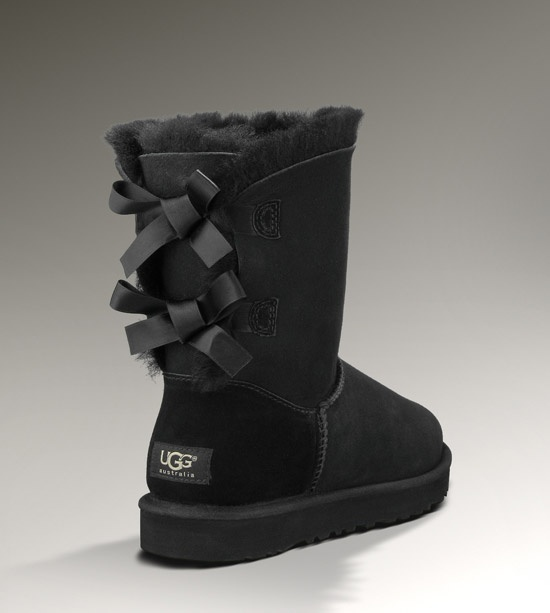 UGG Bailey Bow in Black. Gahhhhhhh. I want these!!! :D