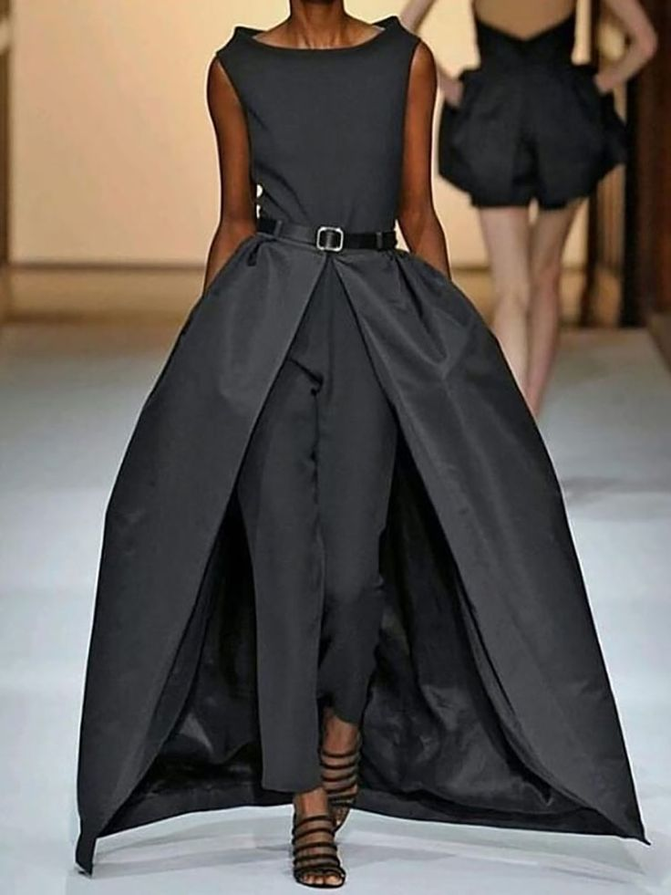 Women's Elegant Sleeveless Pure Color Belt Jumpsuit 1