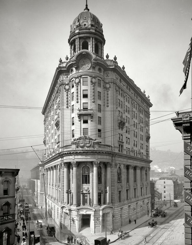 "Pittsburgh, Pennsylvania, circa 1905. ""Wabash Station."""