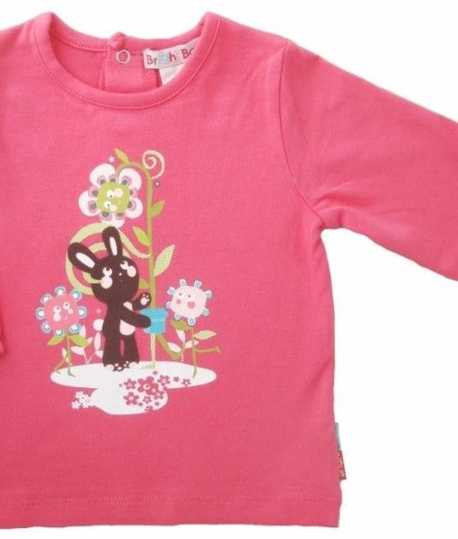 A cute little girls long sleeve top with garden and bunny graphic on front. Made of soft cotton jersey.  Why not match this top with the woven skirt or trouser from this range to give you girl a cute stylish look!  In Melon, Turquoise or Pink colours.  Available in sizes 3/6 months, 6/12months, 12/18months, 18/24months and 2-3 years.