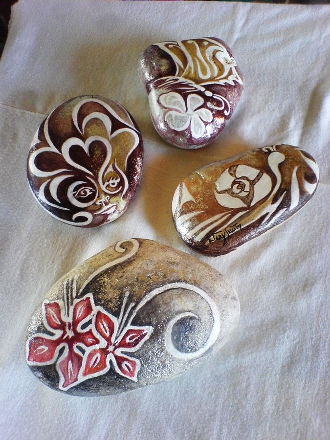 Pebble paintings handmade by KT by Katerina Tsaglioti, via 500px