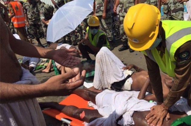 Innalillahi, Kabar Duka Dari Mina, Ratusan Jamaah Haji Meninggal Akibat Berdesakan #Tragedi #Mina #Mekkah #Haji  http://bit.ly/1NO9BD9