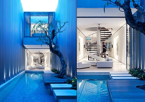 Ultra modern house in Singapore