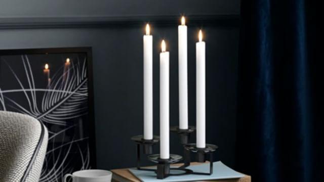 NYHED - LUMI designet af Maria Berntsen. Moderne fortolkning af den klassiske lysestage. Skab selv dit eget udtryk med de udskiftelige glas lysmanchetter. Kommer i 3 størrelser og lysmanchetter i 8 farver og 2 former. Tilpas stagerne efter sæson, højtid og temperament. #skabdinegenstil #skabdinegenlysestage  #holmegaard #lumi #mariaberntsen #lysestager #danskdesign #candlestick #lightingup #danishdesign #createyourownstyle