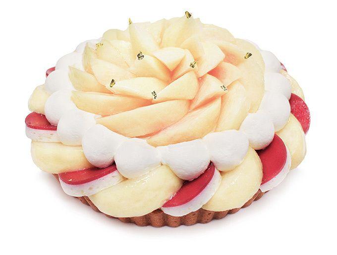 カフェコムサから旬の桃ケーキ - ジューシーな岡山県産の白桃を使用 | ファッションプレス