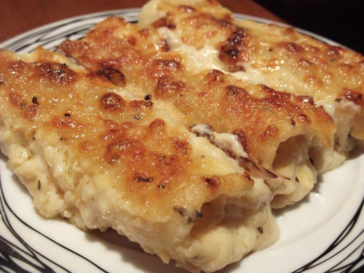 Olga's cuisine...και καλή σας όρεξη!!!: Λαζάνια με κοτόπουλο,τυριά και μπεσαμέλ!