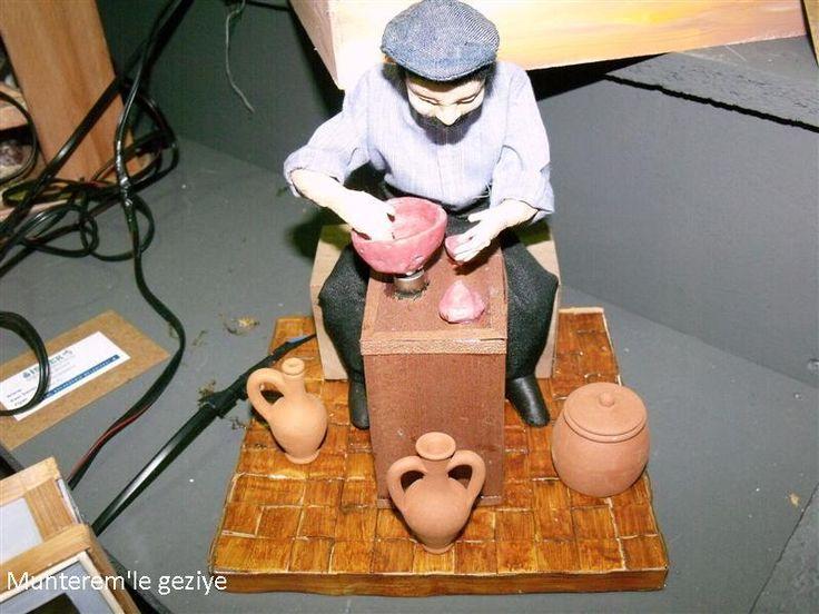 """2012 İsmek Feshane sergisine """"Kitre Bebek"""" branşına ait resimlerle devam ediyoruz.  Kitre Bebek kursu ile ilgili daha fazla bilgiyi ve k..."""