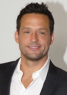 Josh Hopkins (September 12, 1970) American actor, o.a. known from the series 'Ally McBeal' and 'Private practice'.