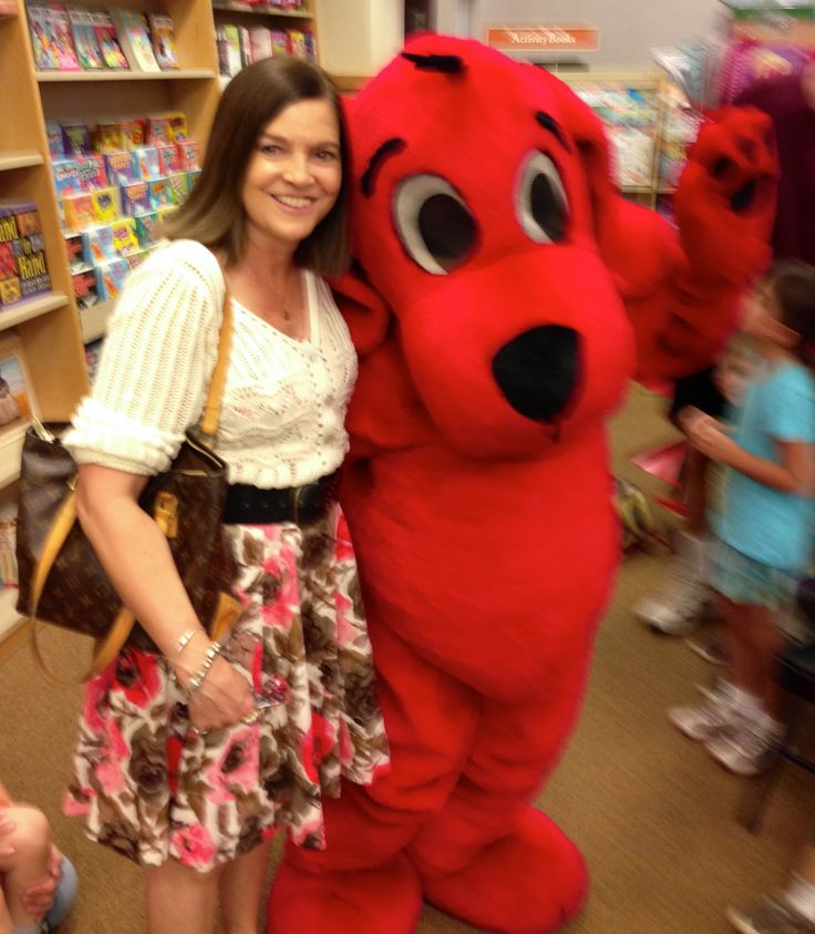 Aunt Judeanne with Clifford at  B