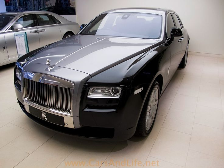 Cars & Life: Rolls Royce Ghost in Details