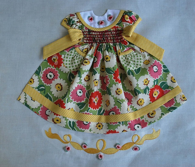 another amazing smocked dress quilt block - by pipersquilts on flickr
