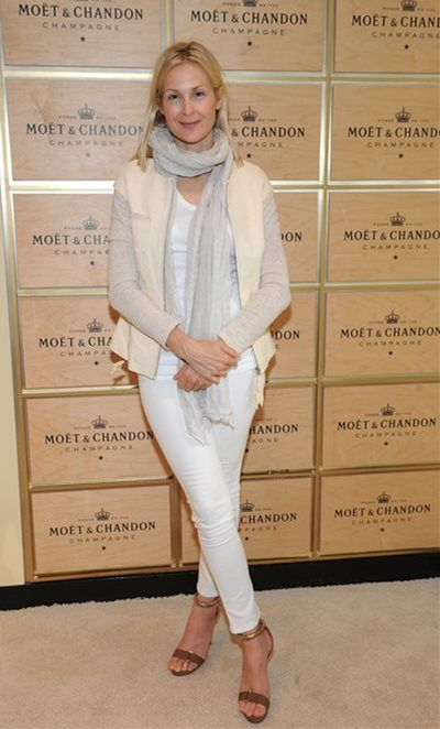 Kelly-Rutherford2_130908 http://celebsnap.net/kelly-rutherford/83009.html