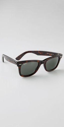 Tortoise Ray-Ban Original Wayfarer Sunglasses. #1 on the Christmas list.