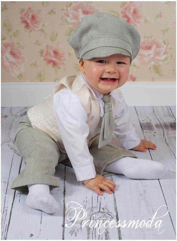 Foto des Artikels MICHEL - Eleganter Taufanzug für den Prinz!