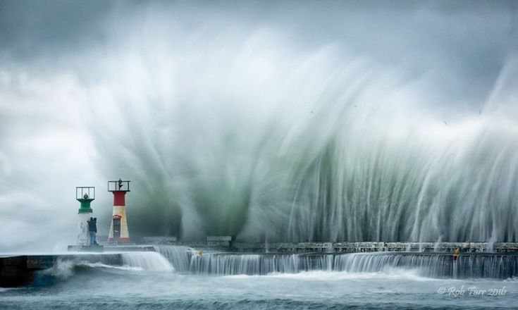 Cape Town on Standby Ahead of Major Weather Warning - High Seas, Snow, Rain | SAPeople - Your Worldwide South African Community