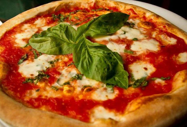 Best places to get pizza in Nashville