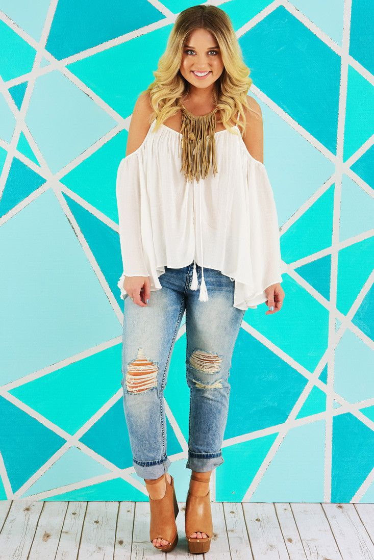 Day By Day Top: White #shophopes   #shophopes