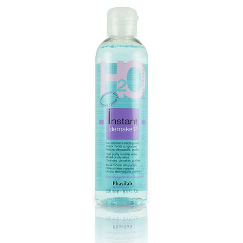 £17.95 (RRP £20) Phasilab Instant Demake P (Purity) effortlessly removes impurities and makeup. Designed specifically for combination and oily skin, it assists in reduces acne and blackheads, removes dead skin cells, removes the most stubborn makeups gently, and provides deep cleansing action.