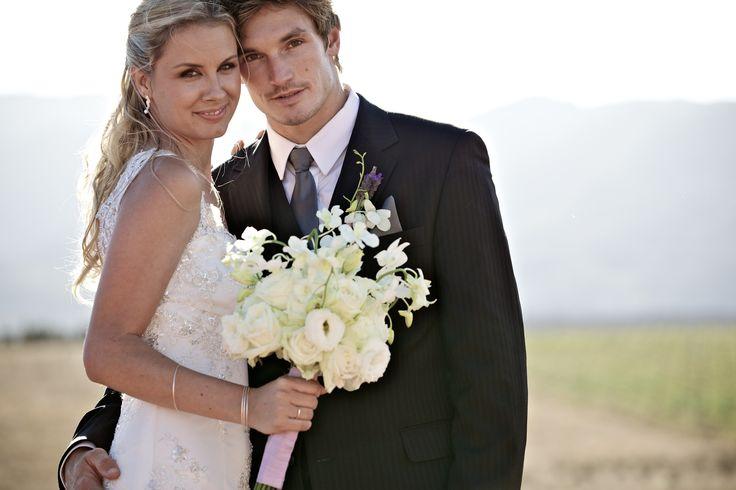 { Darren & Amanda } modern elegant all white bridal bouquet