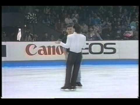 Kurt Browning & Elvis Stojko (CAN) - 1993 World Figure Skating Championships, Exhibitions - YouTube
