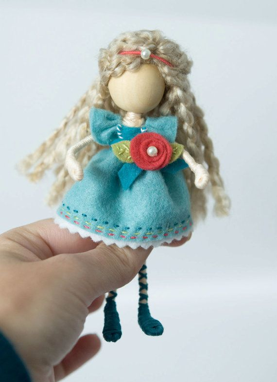 65 best Wire dolls images on Pinterest | Clothespin dolls, Wooden ...