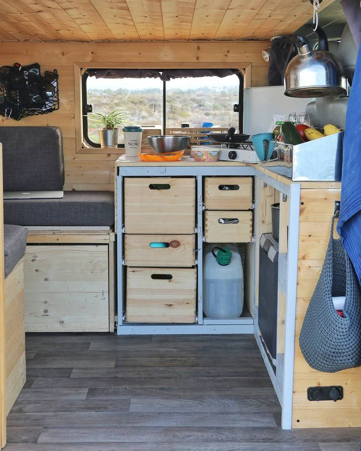 @three_vanlifers• Photos et vidéos Instagram #amenagement #amenager #camper #van #campervan