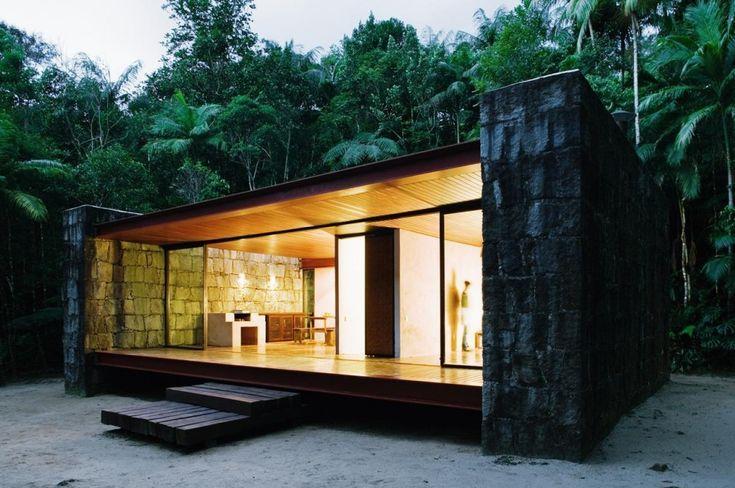 Rio Bonito House / Carla Juaçaba