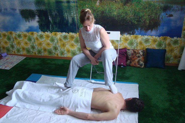 """Массаж """"Стопа Будды""""  Самара  Массаж """"Стопа Будды"""" - массаж ногами, руками, локтями для качественного восстановления мышц и энергетических каналов тела. Результат: восстановление любых вопросов здоровья; восстановление после силовых тренировок; расслабление после стрессовых нагрузок; психологическая проработка мышечных блоков для 100% результата за короткий срок. Стаж 12 лет. https://vk.com/vibroflex"""