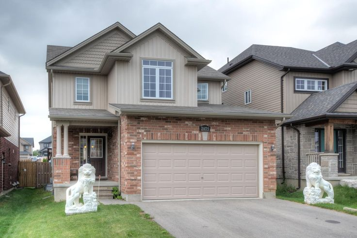 3 Year Old, 4+1 Bedroom, 3.5 Bathroom, 2-Storey in North London!  $339,900 - www.ForestCityTeam.com  #LdnOnt #RealEstate #Realtor