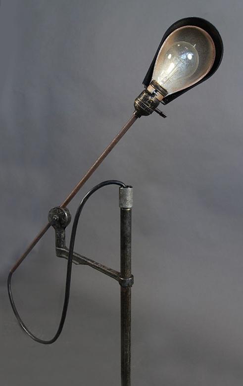 Flexible vintage lamp