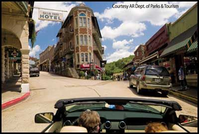 A Guide to Eureka Springs Arkansas Vacations and Attractions