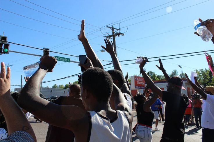 https://news.vice.com/article/hands-up-dont-shoot-ferguson-protests-in-photos